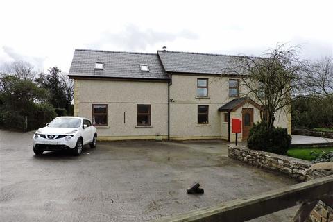 4 bedroom property with land for sale - Pontyberem, Llanelli