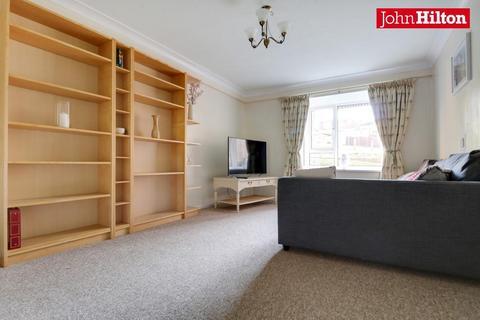 1 bedroom flat for sale - Burstead Close, Brighton