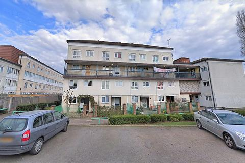 5 bedroom ground floor flat for sale - Sandalwood Road, Feltham