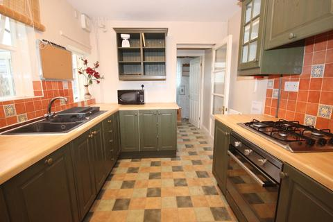 5 bedroom terraced house to rent - Millmead Road, BA2 3JP