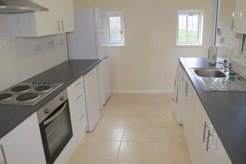 4 bedroom terraced house to rent - Southdown Road, BA2 1JG