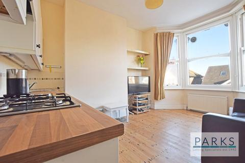 2 bedroom flat to rent - Millers Road, Brighton, BN1