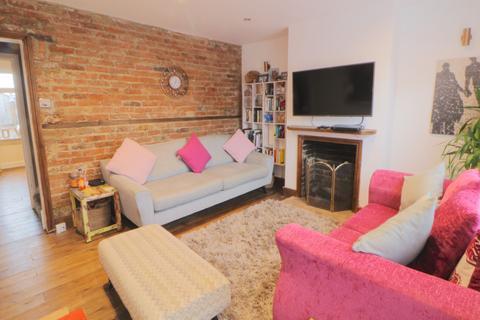 2 bedroom terraced house for sale - Brook Street, Polegate, East Sussex, BN26