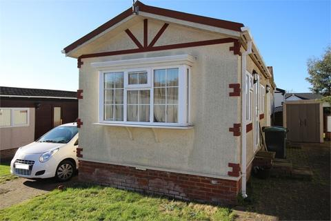 2 bedroom park home for sale - Woodbine Close, WALTHAM ABBEY, Essex