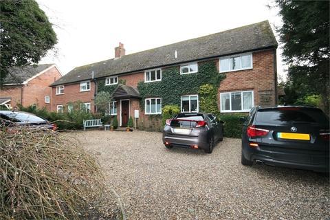 1 bedroom flat for sale - Rooks Nest Cottages, Weston Road, STEVENAGE, Hertfordshire