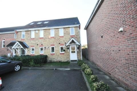 3 bedroom end of terrace house for sale - Lister Tye, Chelmsford, Essex