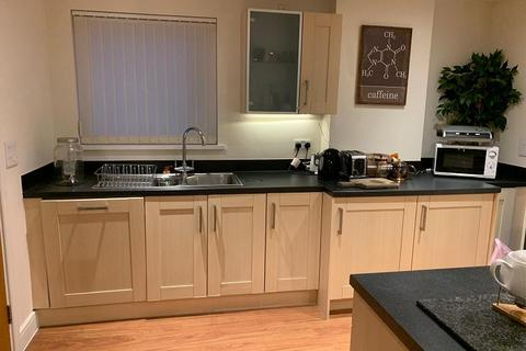 2 bedroom flat to rent - Trawler Road, Maritime Quarter, Swansea, City And County of Swansea. SA1 1LB