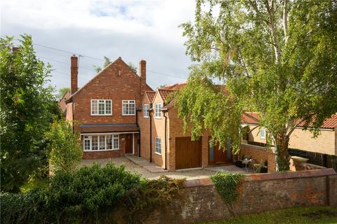 5 bedroom detached house for sale - Huby Road, Sutton-on-the-Forest, York, YO61