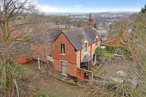 4 bedroom detached house for sale - Trent Valley Road, Penkhull, Stoke on Trent