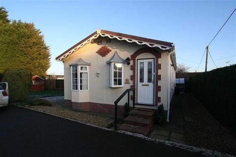2 bedroom park home for sale - Overbrook Grange, Watling Street, Nuneaton, Warwickshire, CV11
