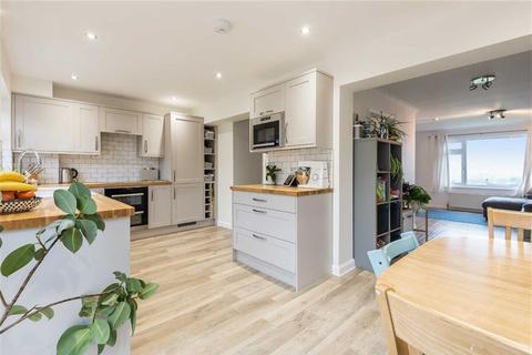 3 bedroom semi-detached house for sale - Besley Close, Tiverton, Devon, EX16