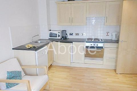 3 bedroom flat to rent - Holborn Central, Leeds, West Yorkshire
