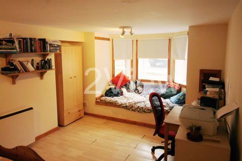 1 bedroom flat to rent - - Woodsley Road, Leeds, West Yorkshire