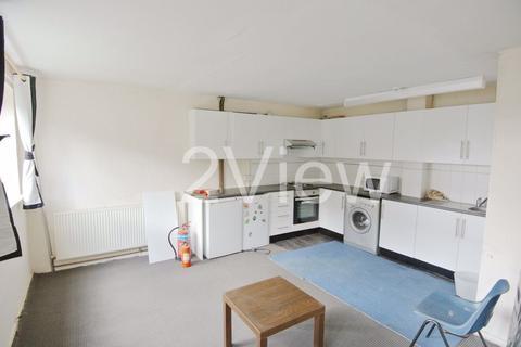 4 bedroom house to rent - Woodsley Road, Leeds, West Yorkshire