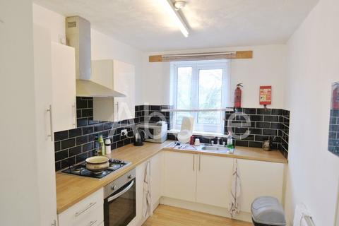 3 bedroom house to rent - Park View Avenue, Leeds, West Yorkshire