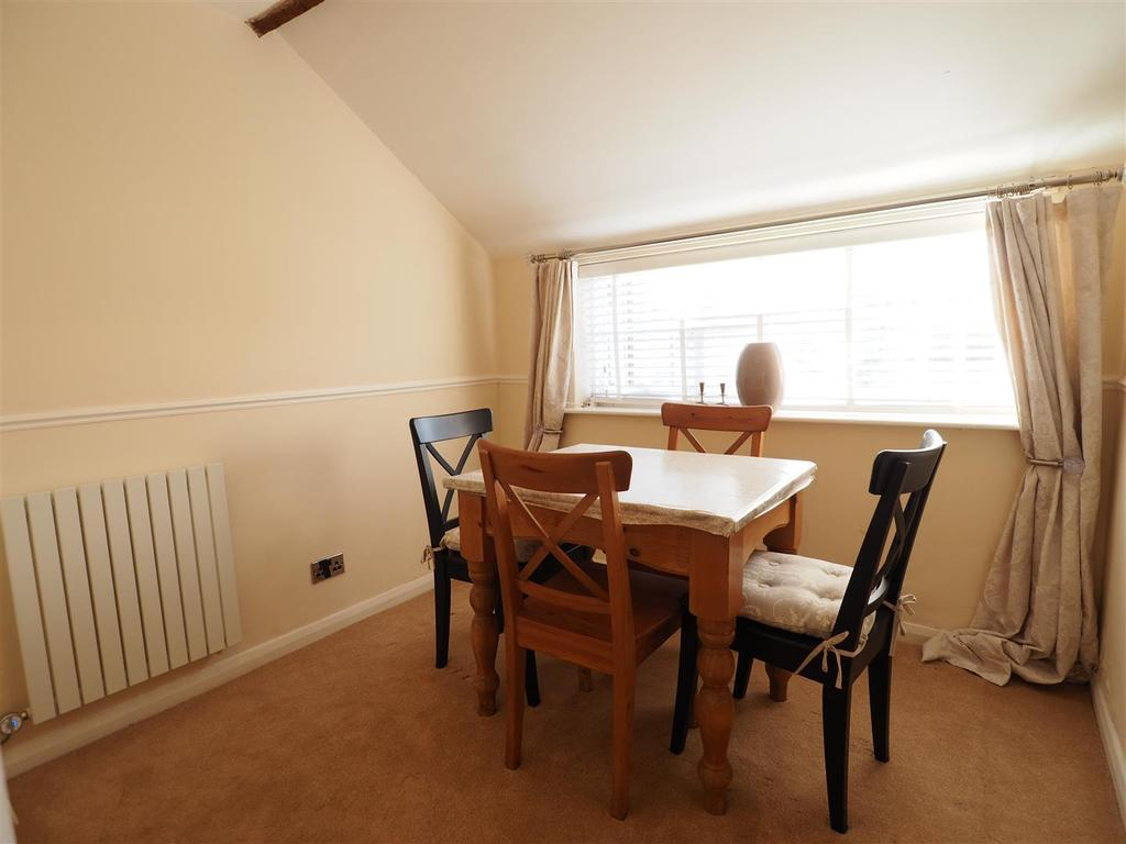 Separate Dining Room 438