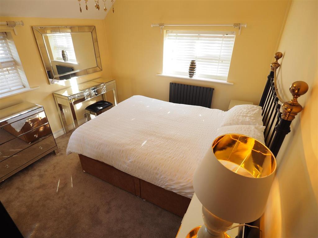 Master Bedroom 473