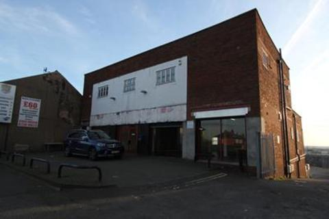 Shop to rent - 115-121, Balby Road, Doncaster