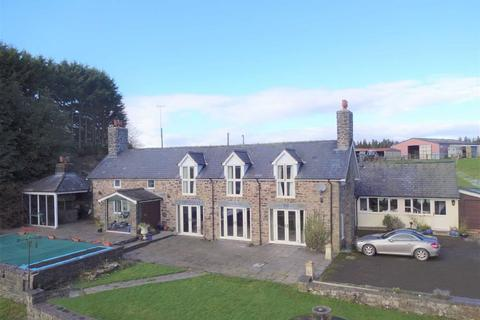 4 bedroom property with land for sale - Bryn Y Garreg, Llangadfan, Welshpool, Powys, SY21