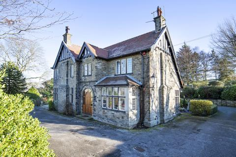 search manor houses for sale in uk onthemarket rh onthemarket com 12 bedroom house in cornwall holiday home 12 bedroom house in levenshulme