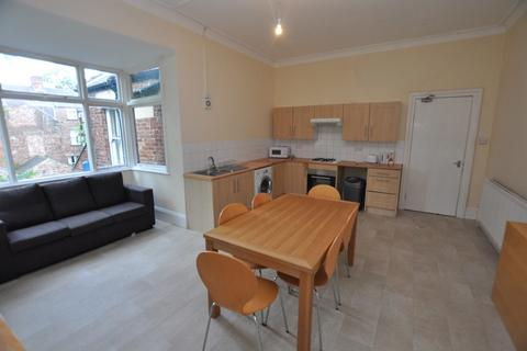 6 bedroom maisonette for sale - Otterburn Villas South (top floor), Jesmond, Newcastle Upon Tyne