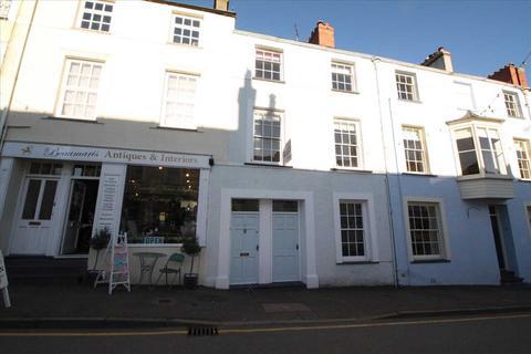 4 bedroom townhouse - Church Street, Beaumaris