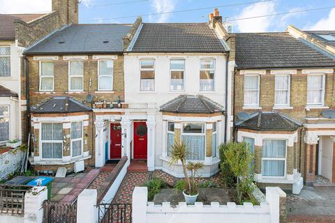 4 bedroom terraced house for sale - Griffin Road, Plumstead