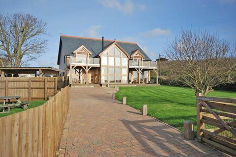 5 bedroom detached house for sale - Marazion, West Cornwall