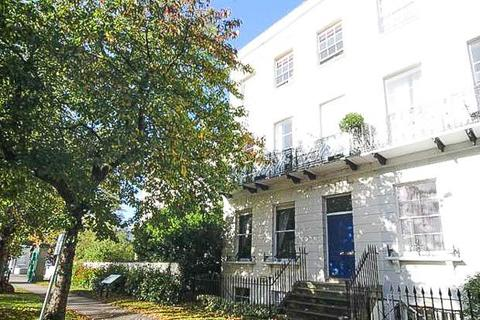 1 bedroom house for sale - Pittville Lawn, Cheltenham, GL52 2BD