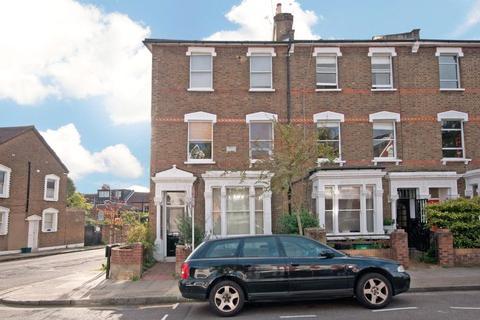 2 bedroom flat to rent - Shaftesbury Road, London, N19
