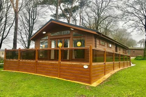 3 bedroom mobile home for sale - Uptopia Super Lodge, Plas Coch Holiday Home Park, Anglesey, LL61 6EJ