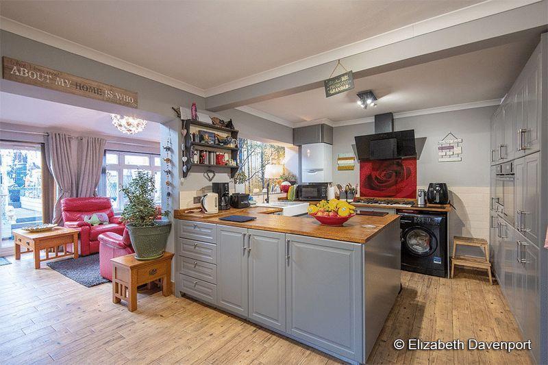 Kitchen & Living...