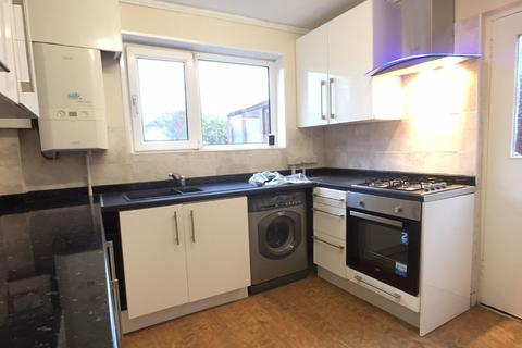 1 bedroom house share to rent - Peverel Road