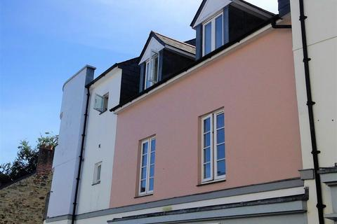 2 bedroom apartment to rent - The Piazza, Bodmin