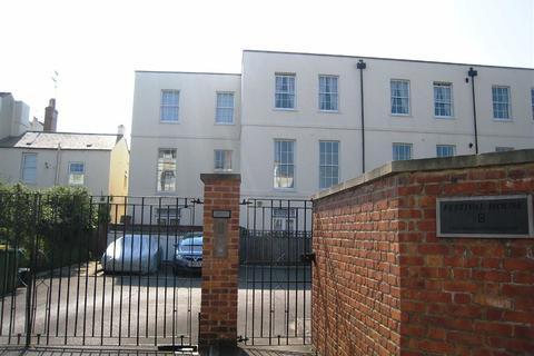 2 bedroom flat to rent - Berkeley Street, Town Centre, Cheltenham
