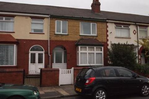 Property to rent - 38, Lifford Road