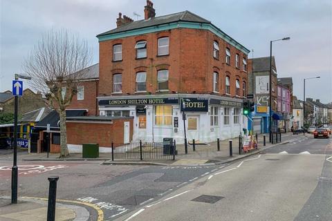 Property for sale - Wightman Road, Harringay, London, N4
