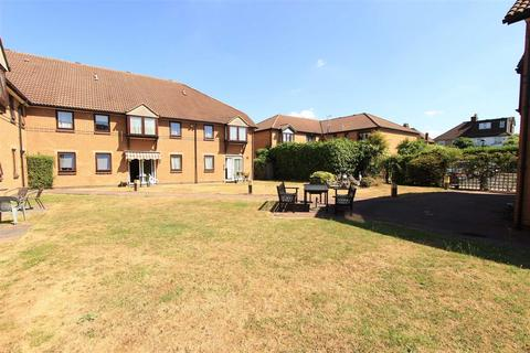 2 bedroom retirement property for sale - Portland Close, Romford, Essex, RM6