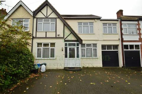 4 bedroom terraced house to rent - Coniston Gardens, Redbridge, Essex, IG4