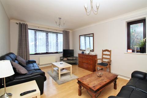 2 bedroom ground floor flat for sale - Foxgrove Road, Beckenham