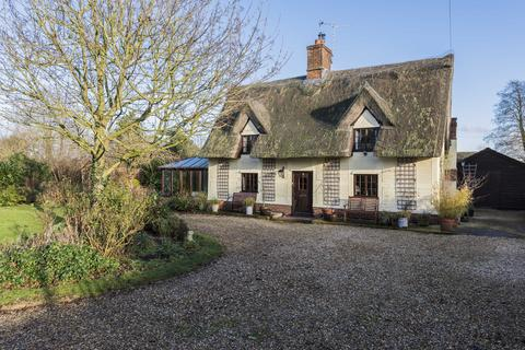 3 bedroom cottage for sale - The Green, Stanningfield