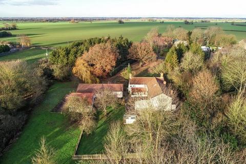 5 bedroom farm house for sale - Winfarthing