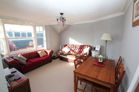 2 bedroom apartment to rent - High Street, Dunmow, Essex
