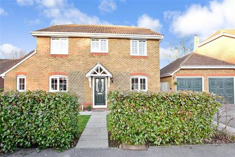 4 Bedroom Detached House For Sale Covert Mead Ashington West Sus