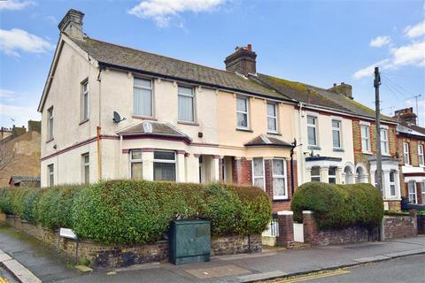 3 bedroom end of terrace house for sale - Elms Vale Road, Dover, Kent