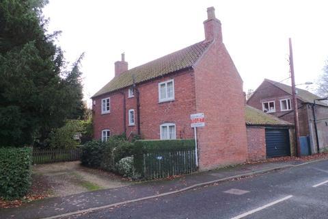 3 bedroom detached house to rent - Manor Road, Easthorpe, , Vale of Belvoir, NG13 0DU