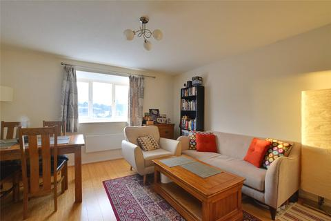2 bedroom flat to rent - Armoury Road, Lewisham, London, SE8