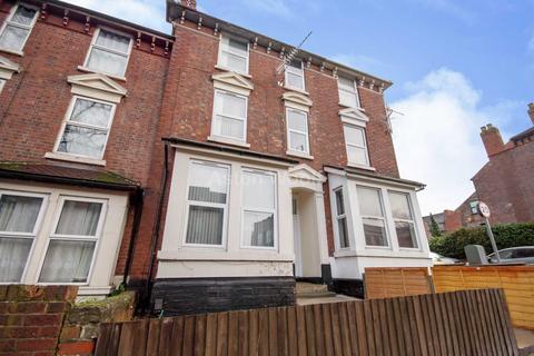 6 bedroom terraced house to rent - Hucknall Road Carrington Nottingham NG5 1FB