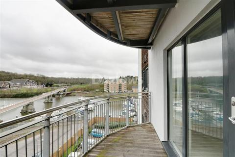 2 bedroom flat to rent - Alexandria, Victoria Wharf