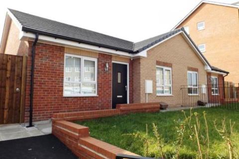 2 bedroom semi-detached bungalow for sale - Cornishway, Woodhouse Park, Manchester, M22